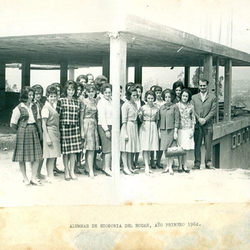 Fotografía_ Economia del Hogar y sus practicas_1964 (1)